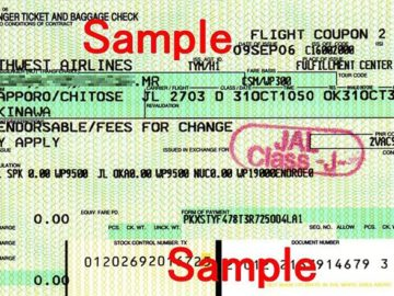 Airline ticket by Cassiopeia sweet from Wikimedia Commons