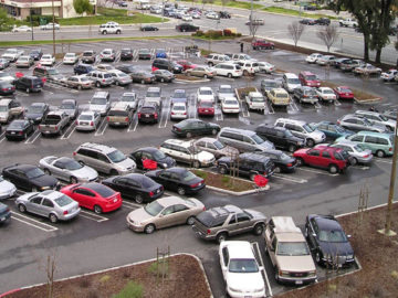 Parking lot via Wikimedia Commons